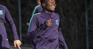 Ligue des champions : Moussa Wagué dans le groupe avec Messi