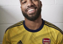 PHOTO : le maillot extérieur « vintage » d'Arsenal