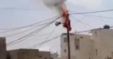 Yeumbeul: Un poteau électrique prend feu
